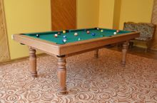 QUEEN Billiards Pool 7.5 feet