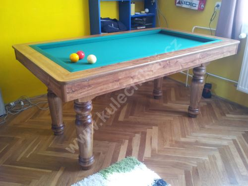 Carom billiards amateur, slate board game